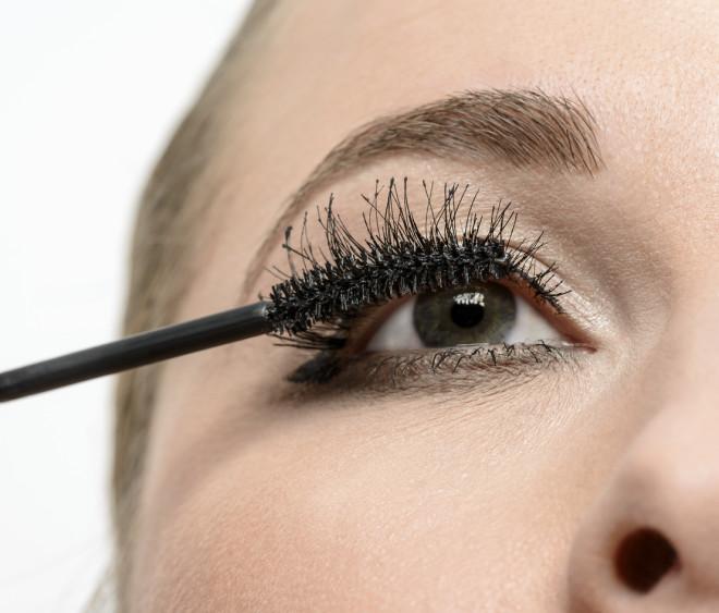 makeup mascara