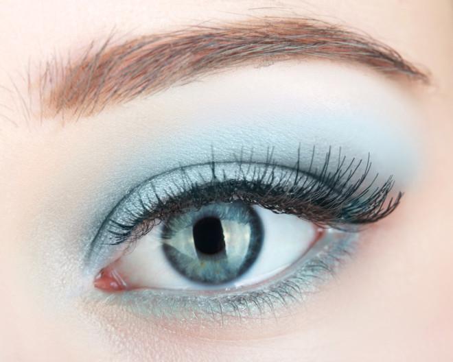 green beautiful womanish eye