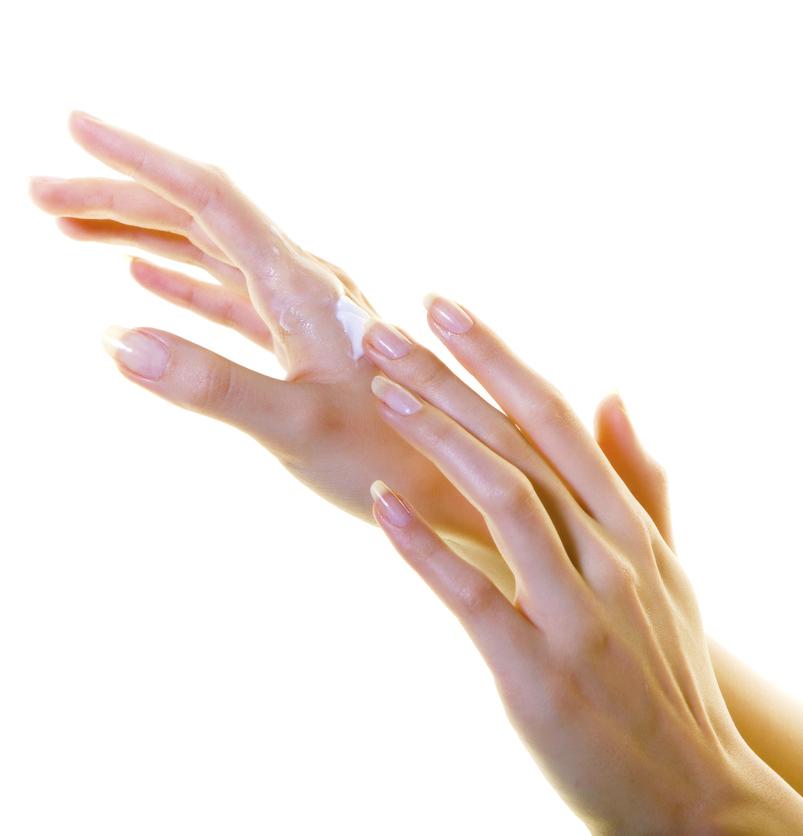 やっぱり気になる「手」の日焼け!ベタつきが気にならない「日焼け止め」4選
