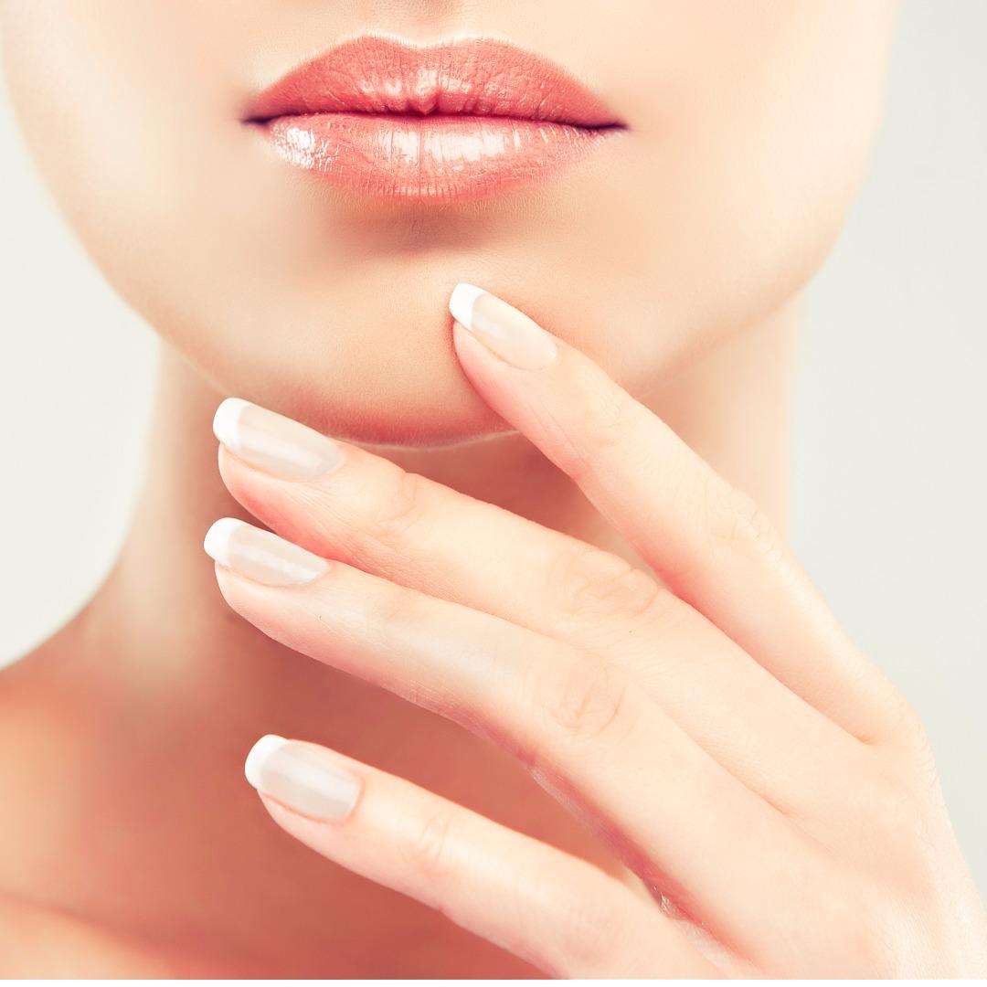 爪周りのマッサージで自爪を綺麗に☆ナチュラルビューティーな爪になる♡