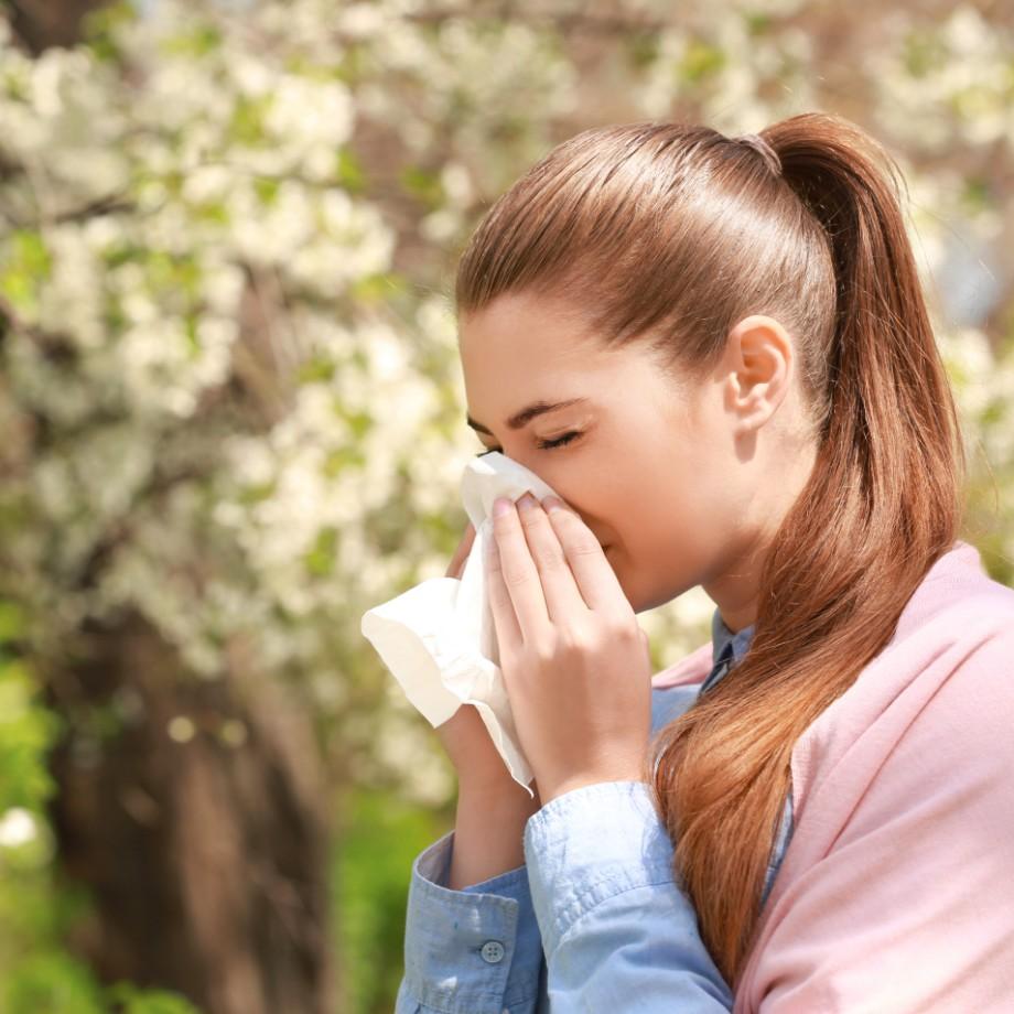 春の大敵、花粉症!今すぐ実践できる「薬以外でできる対策」とは?