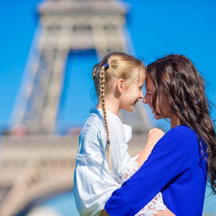 """フランス女性が仕事を続けられる理由とは?""""働く母""""に学ぶ素敵な暮らし"""