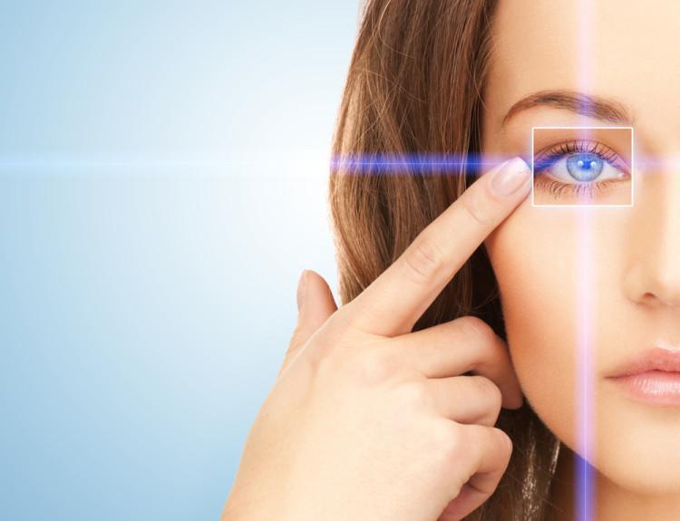 泣いた 目が腫れる 予防