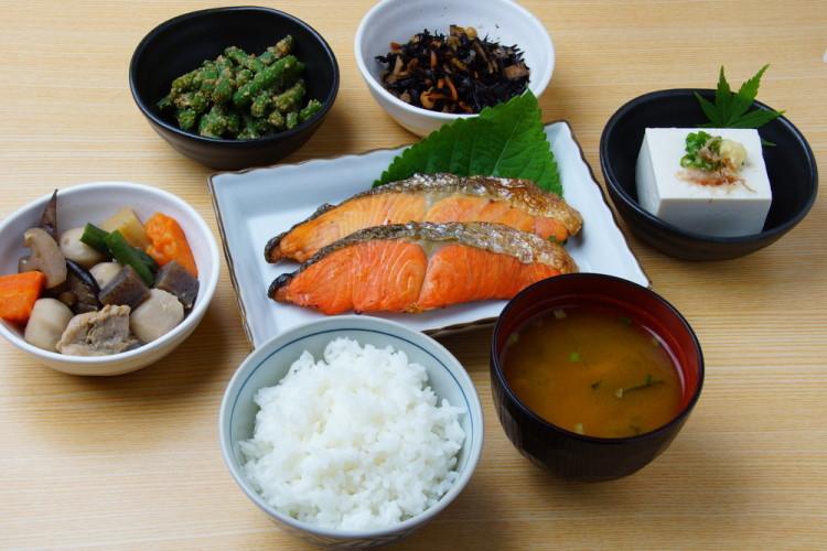 お米=和食