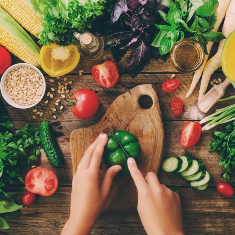 色で楽しく健康に!食べ物のカラー別にみるカラダへの良い効果