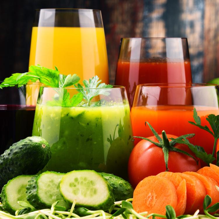 飲むタイミングが重要?野菜ジュースの効果的な飲み方って?
