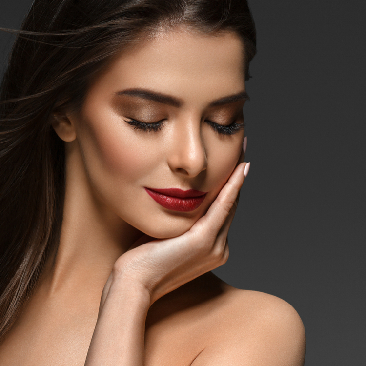 知っておきたいオイルの基礎知識!美容オイルのメリットとデメリットって?