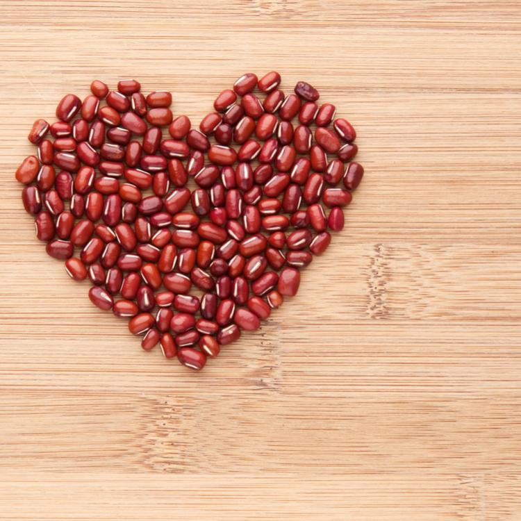 甘くて美味しい小豆!小豆が美容に良い理由って?