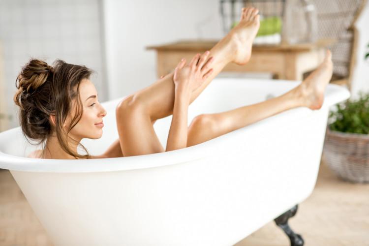 お風呂上がりのオイルで水分を守る