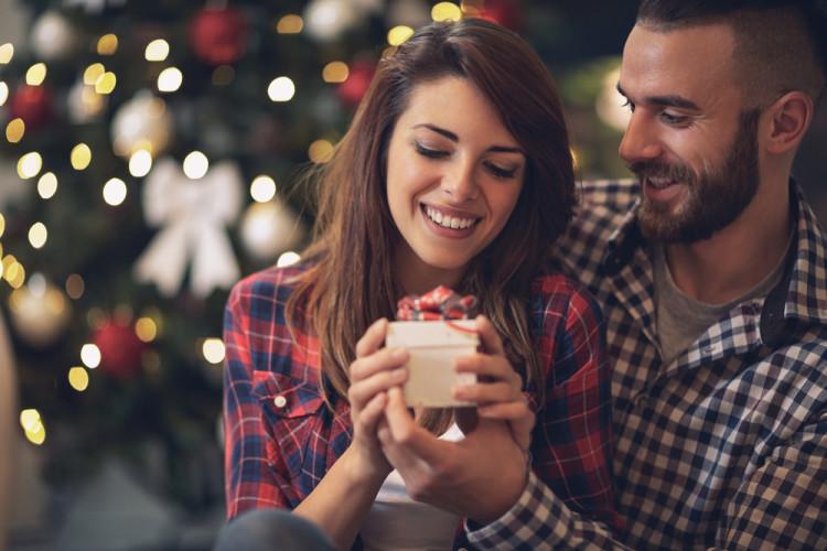 クリスマスにもらいたい&贈りたいコスメ