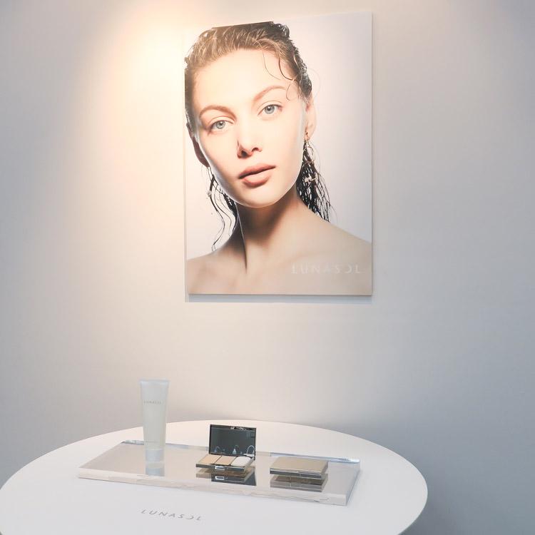 2019春、美人の残像を作る「水ツヤ肌」が加速する【『ルナソル』2019春新商品セミナーレポート】