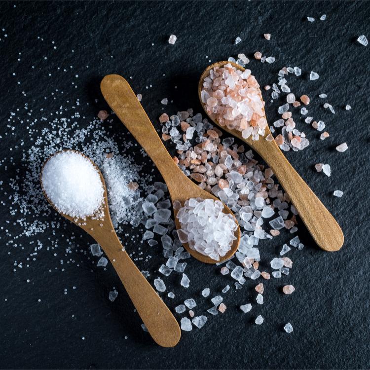 身体にも優しく美容にも嬉しい、ついつい過剰摂取しがちな塩の事