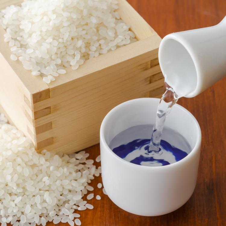 【日本酒】が化粧水に使われる理由は何だろう?