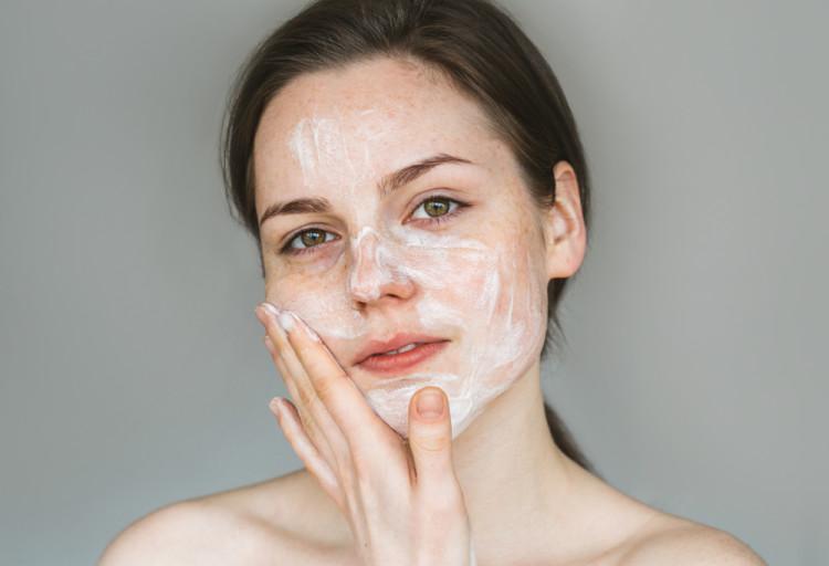 冬のスキンケア:洗顔編
