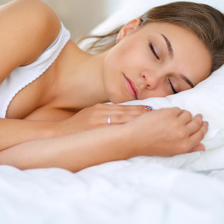 謎の肌荒れ…その原因は「寝具」にあるかも!?
