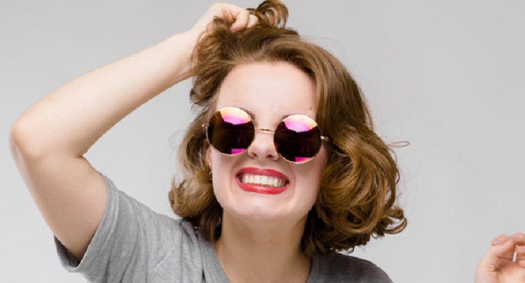 アラサー女子の髪に関するお悩みあるあるとは?