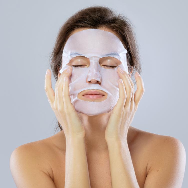 【シートマスク】は毎日使うもの?正しい使い方と注意点!