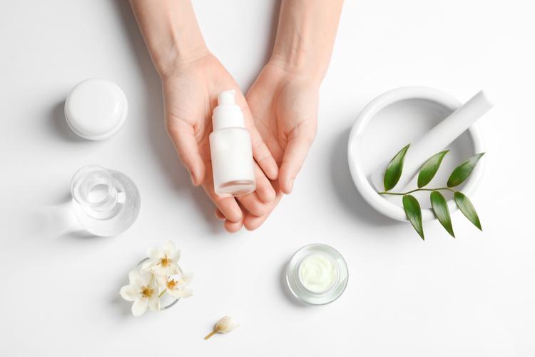 肌負担を減らす洗顔方法を伝授!