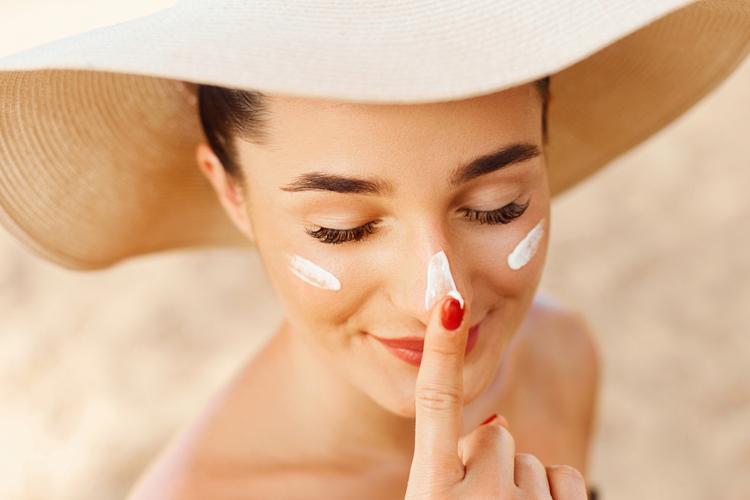 日焼けした肌の対処法とは?
