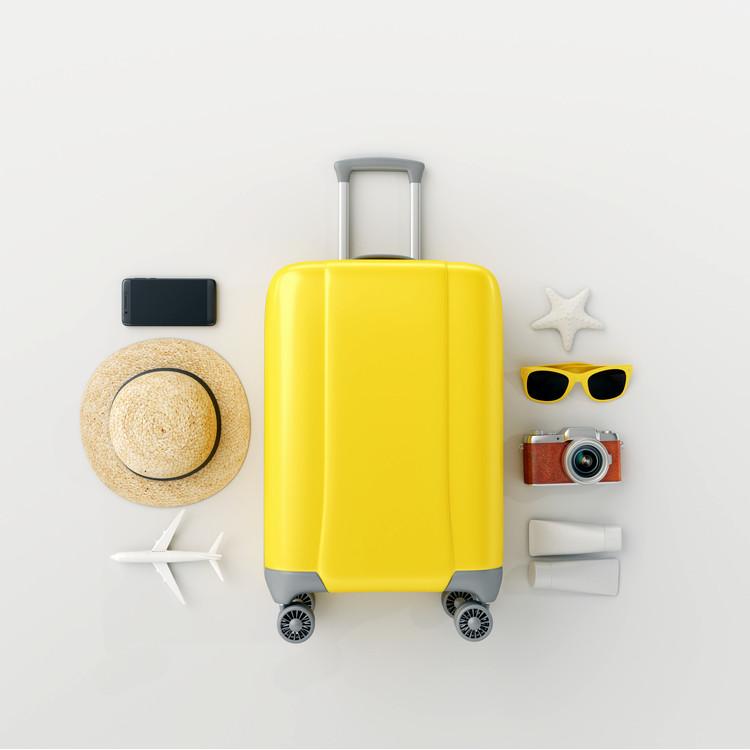 夏旅行に出かける際の必需品とは