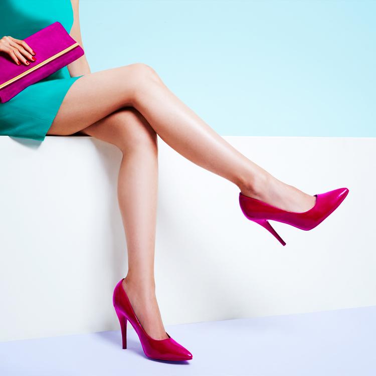 いつも綺麗な足元へ。靴ズレ防止アイテム3つを紹介します