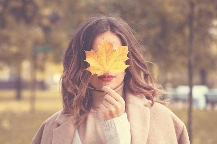 秋の美肌は夏のダメージ肌を労わることから始まる