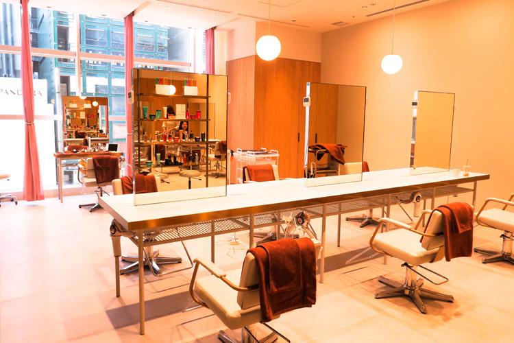 4階 Hair Salon