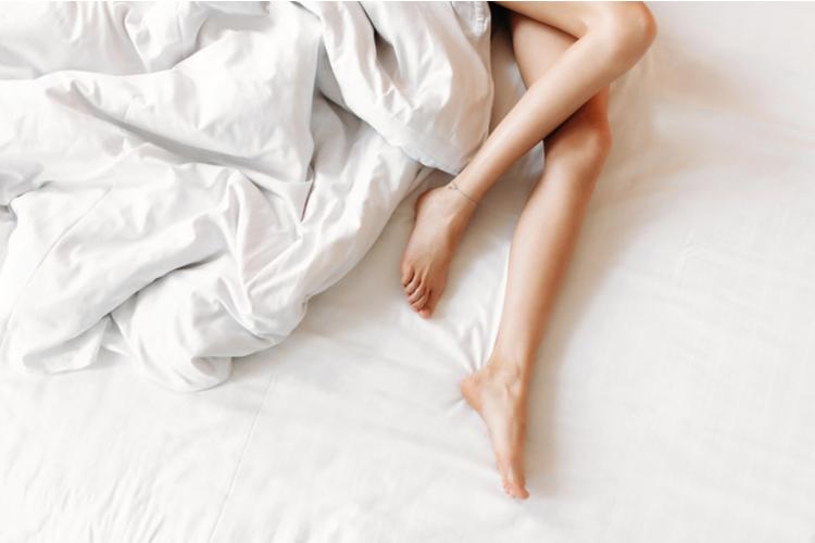 寝る前に手足が冷えて眠れない