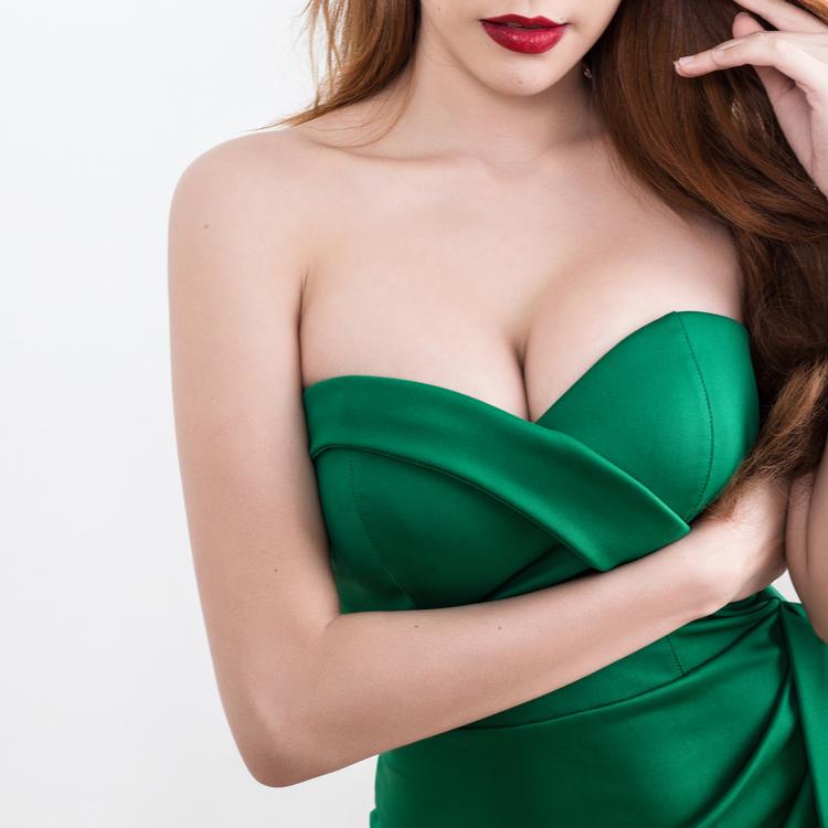 離れ乳の原因は?簡単にできる改善方法で美胸を手に入れよう!